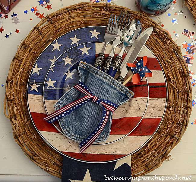 4th-of-July-Tables-Setting-Tablescape-with-Jean-Flatware-Holder-and-Warren-Kimble-Dishware_a