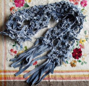 Crochet a Denim Scarf From Recycled Denim Jeans