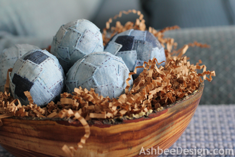 Decorate Easter Eggs with Recycled Denim