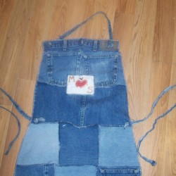 Make a Scrappy Denim Apron From Jeans