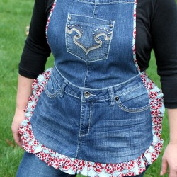 Make a Ruffled Denim Apron from Recycled Jeans