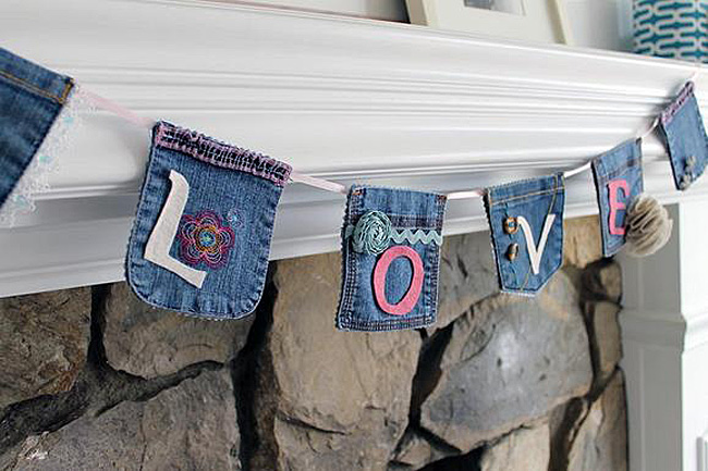 Denim pocket banner 2
