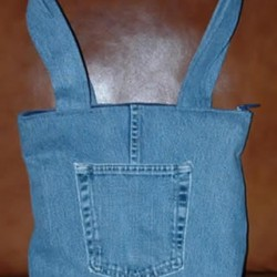 Make a Denim Tote Bag From Recycled Jeans