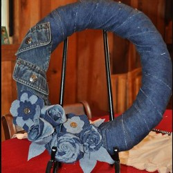 Denim Wreath Made From Thrift Store Finds