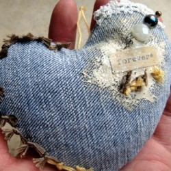 7 Recycled Denim Projects for Valentine's Day