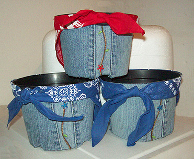 Make Denim Pots or Containers From Repurposed Denim Jeans