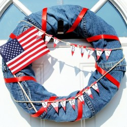 Make a No-Sew, No-Cutting Patriotic Denim Wreath