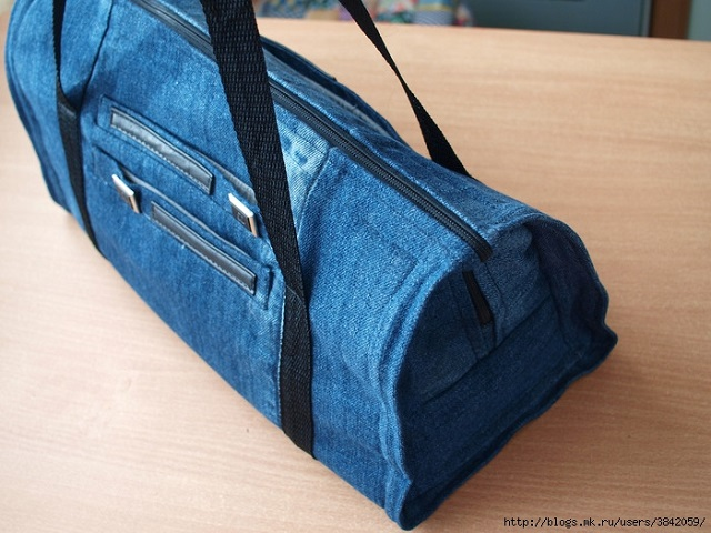 Recycle Jeans to Make Gym Bag