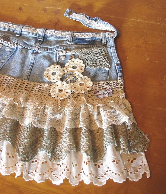 Shabby Chic Ruffled Eyelet and Lace Deniim Apron