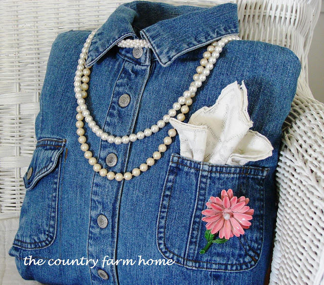 Create A Whimsical Denim Shirt Pillow From Recycled Denim